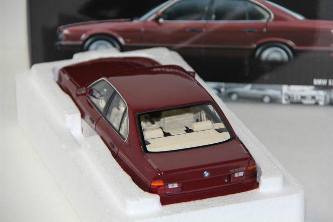 ۱-۱۸-MINICHAMPS-1988-BMW-535i-E34-_57 (2)