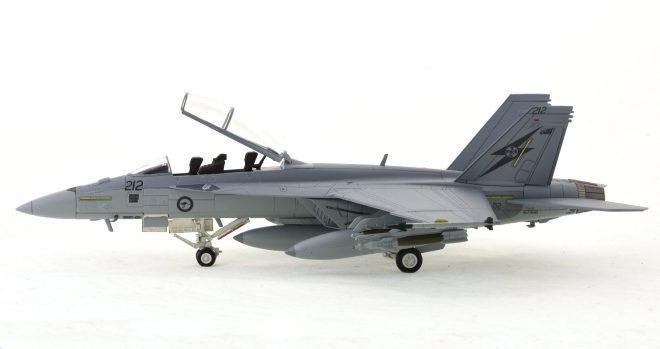 Hobby-Master-HA5103-FA-18F-Super-Hornet-Diecast-Model-A44-212-1-Sqn-RAAF-Okra-Port-View