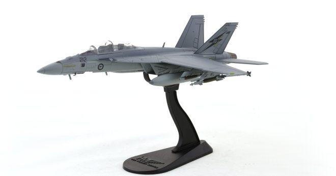 Hobby-Master-HA5103-FA-18F-Super-Hornet-Diecast-Model-A44-212-1-Sqn-RAAF-Okra-Stand-View