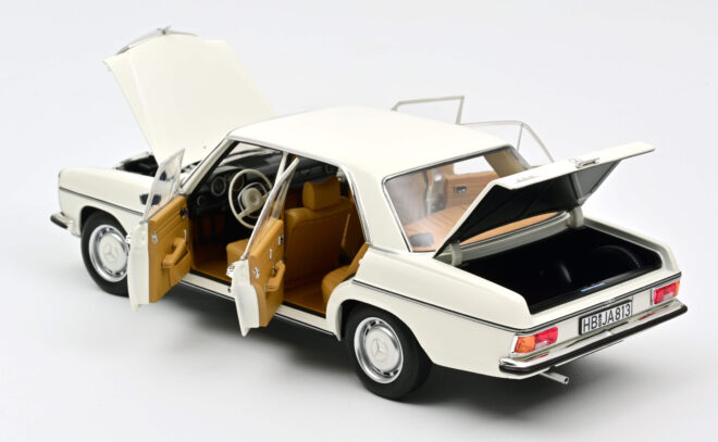 mercedes-benz-200-1968-white (3)